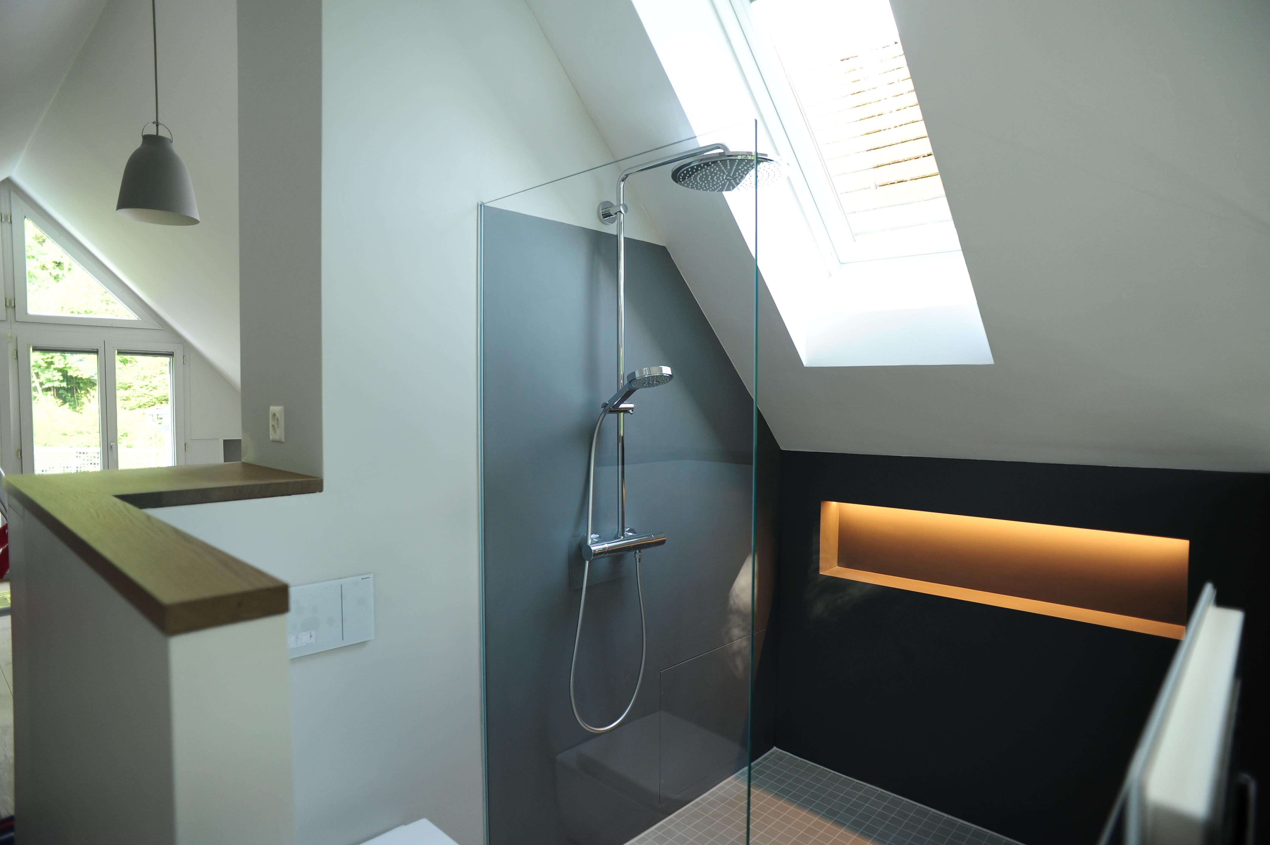 Bad in Dachschräge – Küche Bad Design GmbH